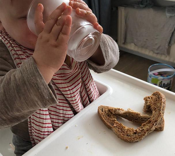 Kleintjes methode - zelf uit glas drinken